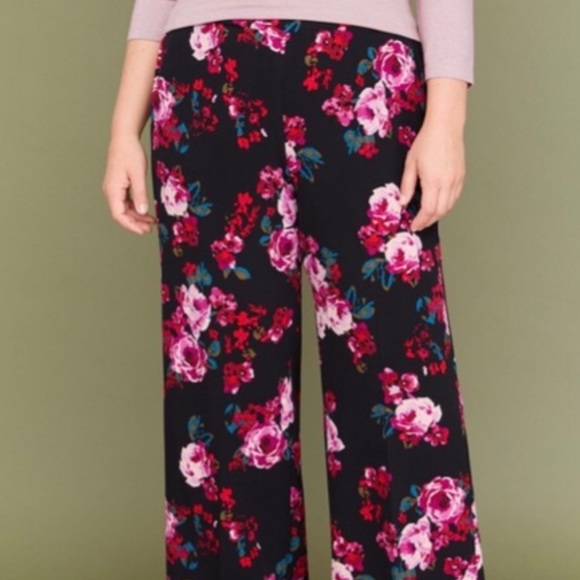 Lane Bryant Pants - Lane Bryant Allie Wide Leg Pull On Pant Size 14/16